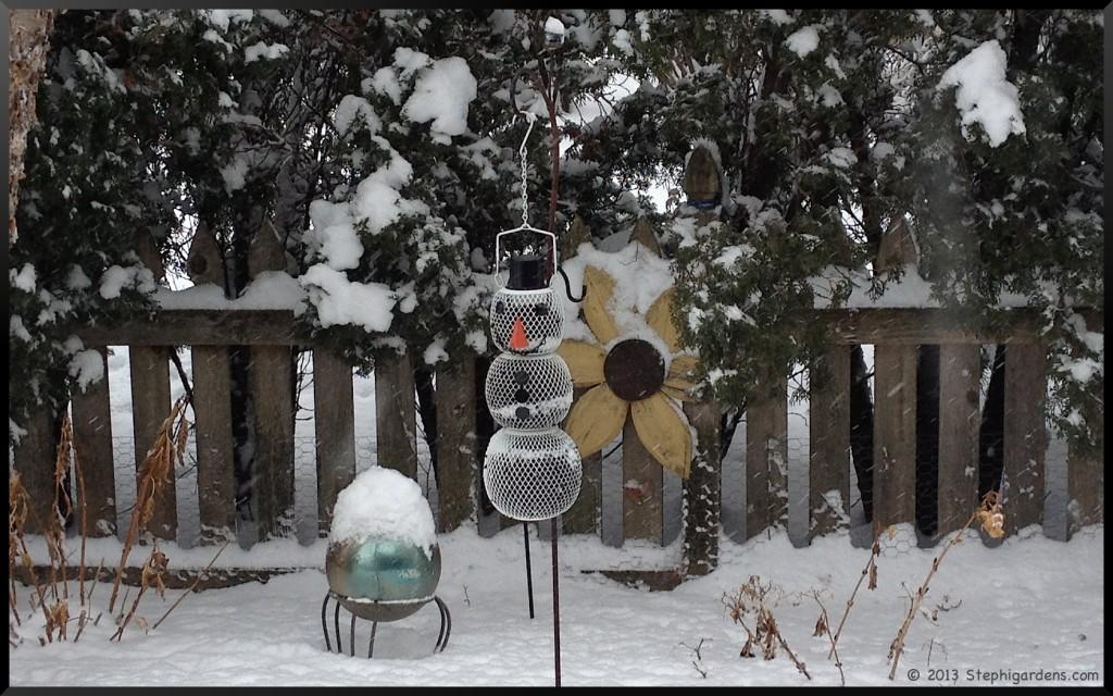 snowman feeder